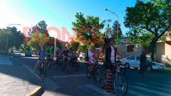Las Fiesta de Disfraces y Patronato-Boca se vivió en las calles de Paraná