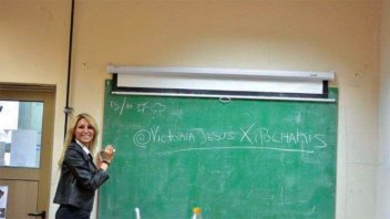 Una profe griega: Vicky Xipolitakis