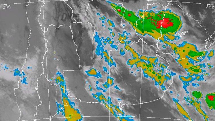 Alerta por tormentas: Las lluvias podrían llegar a 100 milímetros en Entre Ríos