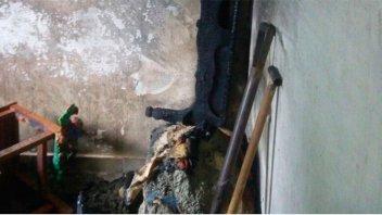 Se prendió fuego un colchón y una vivienda se incendió casi por completo