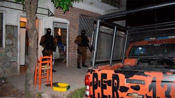 Megaoperativo antidrogas con 19 allanamientos: se secuestró droga y dinero