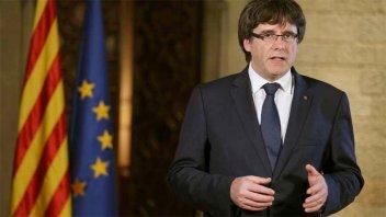 Pese al pedido del Ejecutivo español, Gobierno catalán no convocará a elecciones