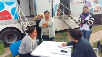 Los camiones sanitarios estarán hasta este martes en barrio 98 Viviendas