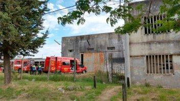 Encontraron un cadáver en el silo de una ex fábrica de Crespo