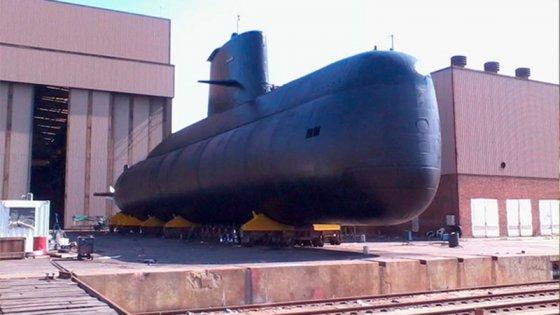 Buscan submarino argentino desaparecido con una tripulación de 37 personas