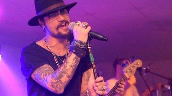 Osvaldo confesó que rechazó a Sampaoli por un festival de rock