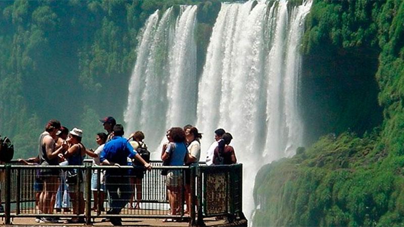 Fin de semana largo moviza a más de un millón de turistas