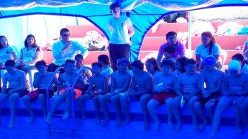 Unos 2000 chicos de 15 escuelas entrerrianas aprendieron a nadar en talleres