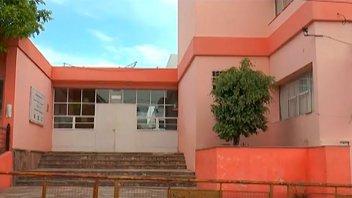 Madre de alumno golpeó a una secretaria: