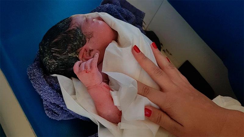 Policías parteros: una mujer dio a luz en un puesto caminero de la ruta 14
