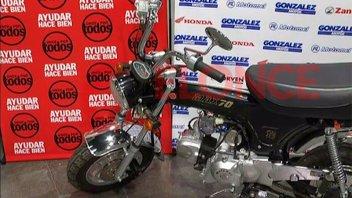 Esta noche se sortea la moto y otros premios solidarios de Once por Todos