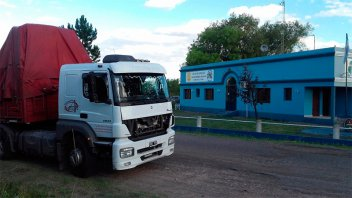 Robaron camión cargado con 2.800 cajas de sidra y lo hallaron en Gualeguaychú