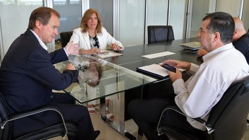 El gobernador se reunió con el padre de Micaela García
