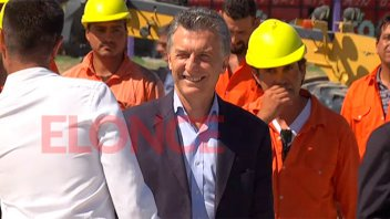 Macri ya está a San Benito para recorrer obras del Plan Hábitat