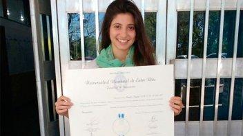 Graduada de Bioingeniería fue distinguida con el Premio a los Mejores Promedios