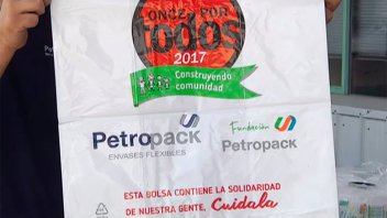 Ya están listas las 3.600 bolsas que contendrán la solidaridad de nuestra gente