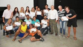 Guardavidas recibieron sus diplomas y los decretos de nombramiento