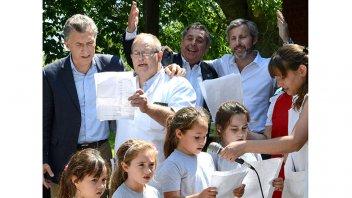 Macri realizó una visita sorpresa a una escuela entrerriana