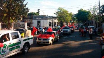 La caravana solidaria de Once por Todos culminó con autos repletos de donaciones
