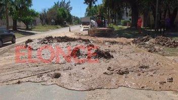 Repararon rotura de caño que había dejado sin agua a la zona sureste de Paraná