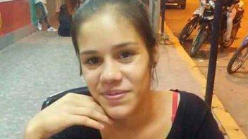 Fue estrangulada la joven quemada y descuartizada: Estaba triste y amenazada