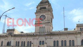 Comenzarán a abonarse el sábado los sueldos de la administración pública