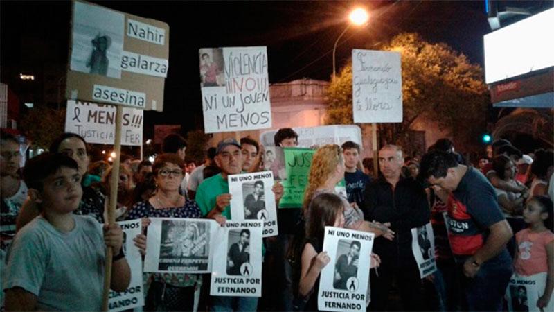 Marcharon para exigir por justicia para el joven asesinado por su ex novia