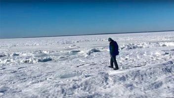 Impactantes imágenes: Parte del mar se congeló en Estados Unidos