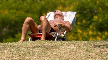 Calorcito, pero no tanto: Vuelven los días para sol y playa