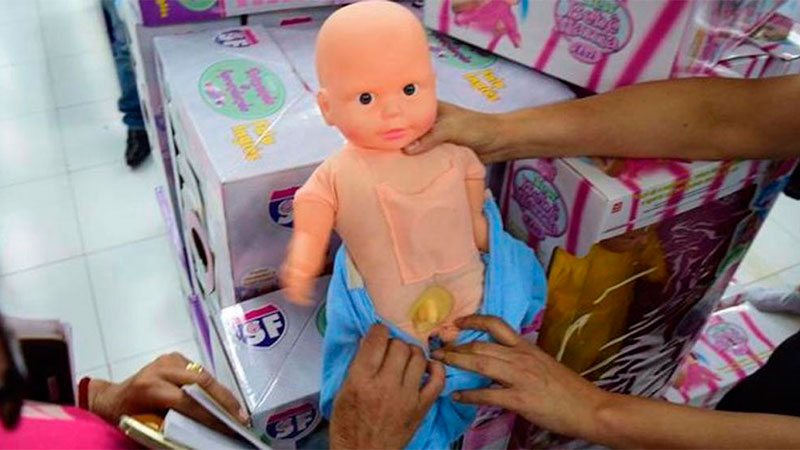 El llamativo motivo por el que decomisaron muñecas infantiles