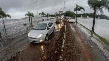 Intensas lluvias en Florianópolis: Dos muertos y un desaparecido