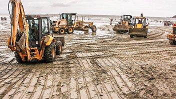 Así trabajan para recuperar Camboriú tras el desastre por las lluvias
