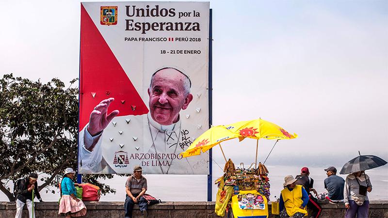 Papa Francisco escucha a víctimas de abuso del clero