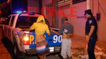 Detenidos por intentar robar aberturas en una estación de servicio abandonada