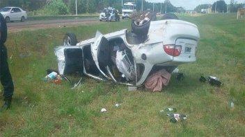 Se iban de luna de miel pero protagonizaron un accidente de tránsito
