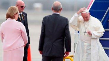 El Papa llegó a Perú y se encontrará con los pueblos de la Amazonía