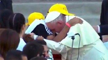 El paranaense que abrazó al Papa retransmitió el mensaje que le dio Francisco