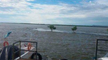 El río Paraná llega a nivel de alerta en Chaco y clausuran playas en Corrientes