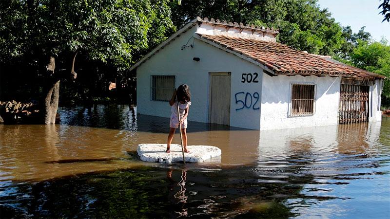 Inundaciones persisten en Asunción