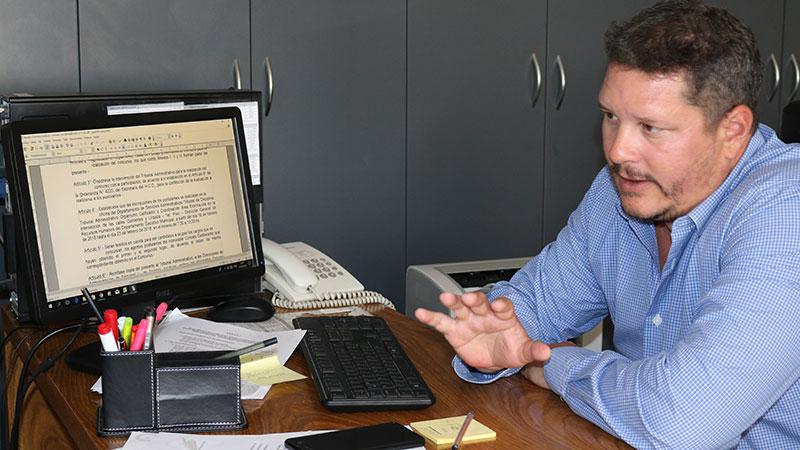 Rodrigo Devinar, secretario parlamentario del HCD