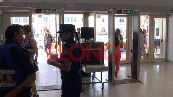 Prohíben entrar al barrio Paraná V a tres imputados de vender droga