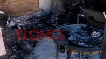 Asisten a familia que sufrió pérdidas totales tras el incendio en San Benito