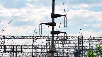 El consumo de energía eléctrica cayó 4,6% en julio y acumula 11 meses a la baja