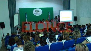 Comenzaron los concursos docentes en toda la provincia