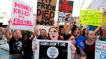 EEUU: Reclamaron mayores controles para el acceso a armas tras tiroteo