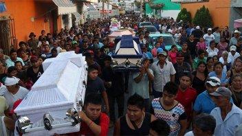 Dolorosa despedida a los 13 muertos que se cobró el último sismo en México