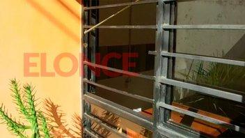 Un ladrón con sello propio: Robó en la sede de Aluba y dejó su firma