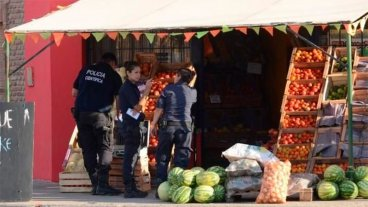 Investigan brutal crimen de una verdulera: La mujer recibió 34 puñaladas