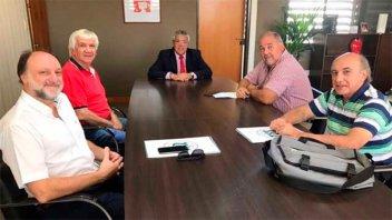 Iosper avanza con respuestas a prestadores y suma servicios para la Policía