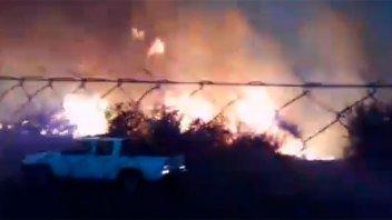 Aumenta la cantidad de incendios: el fuego afectó el campo de una escuela